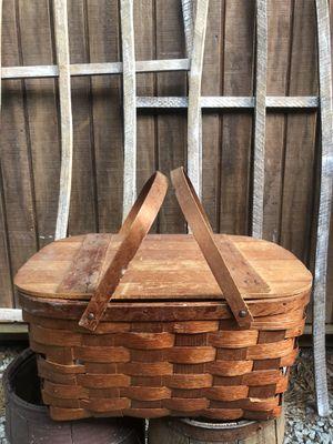 Antique picnic basket for Sale in Villa Rica, GA
