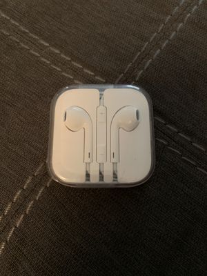 Apple earbuds for Sale in Upper Arlington, OH