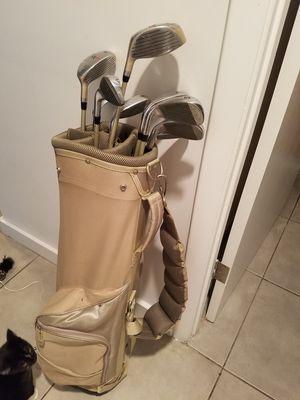 Women's golf clubs for Sale in Miami, FL