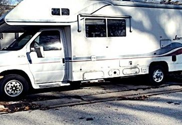 POWERED BY A 330 HP CAT1997 Jamboree Class C RV for Sale in Spokane, WA
