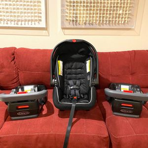 Infant Car Seat W/ 2 Bases (Graco) for Sale in Humble, TX