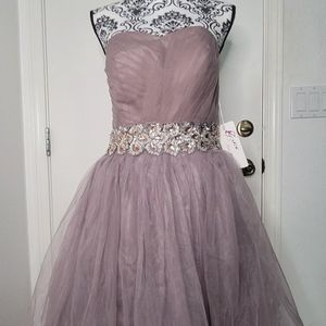 Short Sweetheart Prom Bridesmaid Dress Beaded Homecoming Gown for Sale in Las Vegas, NV