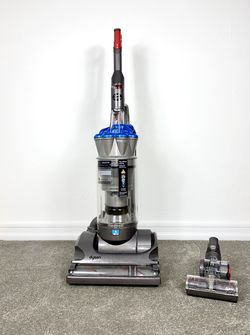 Dyson DC-17 Absolute Vacuum Cleaner w/ attachment for Sale in Spring Valley,  CA