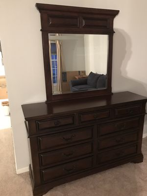 Bedroom set (Moving Sale). for Sale in Fairfax, VA