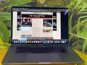 Apple MacBook pro 500gb for Sale in Falls Church, VA