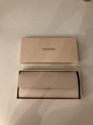 Pandora storage/clutch for Sale in Riverwoods, IL