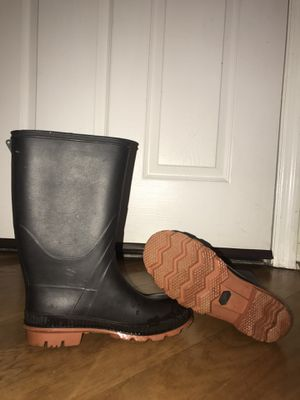 Rain boots USED like new size 5-6 for Sale in Orlando, FL