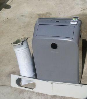 Hisense Portable AC Unit for Sale in Hemet, CA