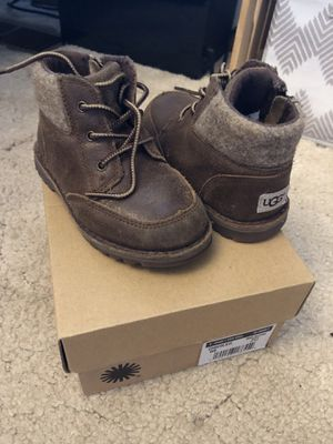 Uggs 8c for Sale in Salem, OR