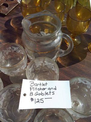 Bartlett-Collins Drinkware Set, Frosted Grapevine Pattern, Pitcher & 8 Goblets for Sale in Biggs, CA
