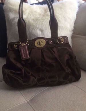 Coach purse for Sale in Chicago, IL
