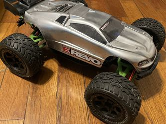 Traxxas E Revo 1/16 Tons Of Upgrades for Sale in Silver Spring,  MD