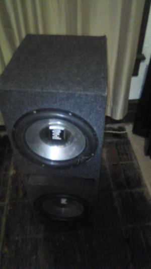 Car audio sub's and amp bass thump for Sale in Lorain, OH