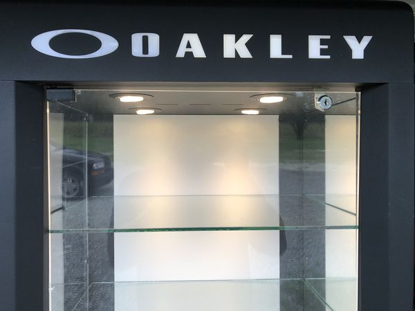 Oakley single wide display case