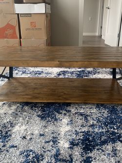 Wooden Coffee Table for Sale in Millcreek,  UT
