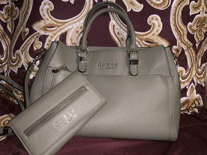 Guess matching purse and wallet set for Sale in Auburndale, FL