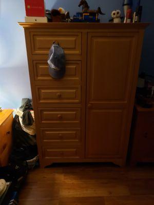 Kids dresser for Sale in Meriden, CT