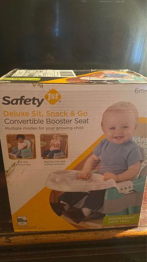 Convertible booster seat for Sale in Fort Worth, TX