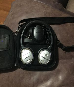 Bose noise cancelling headphones for Sale in Orlando, FL