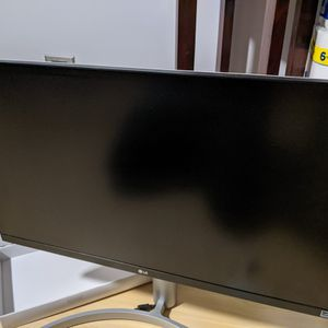 """LG 27UK650 27"""" 4K Monitor for Sale in Naperville, IL"""