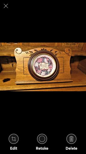 """Plate Bradford Exchange A Mother's Love """"REMEMBRANCE"""" IN A SOLID WOOD VANHGAN & SMYTHE FRAME for Sale in Lynchburg, VA"""