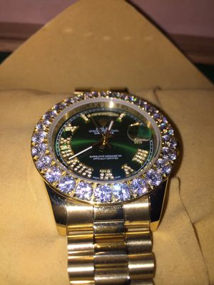 Timepiece for Sale in Providence, RI