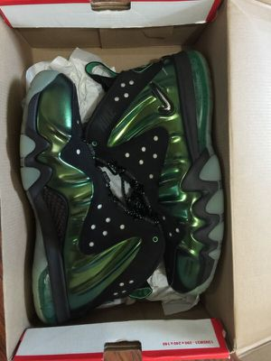Barkleys posite Max gamma green size 12 for Sale in San Francisco, CA