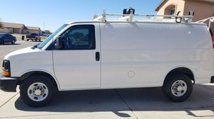 2013 Chevrolet Chevy express 2500 stabilitrak for Sale in Casa Grande, AZ