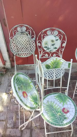 Decorative antique lawn furniture for Sale in Phoenix, AZ