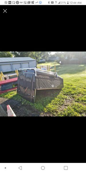 2019 swiss comercial 6 and a half foot with ladder rack for Sale in Maple Heights, OH