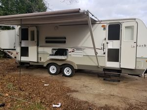 2007 keystone outback 27 ft for Sale in Lawrenceville, GA