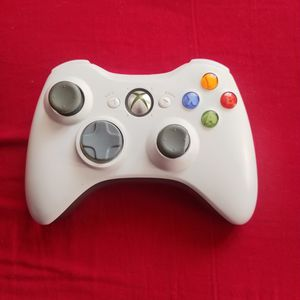 Xbox 360 Controller for Sale in Anaheim, CA