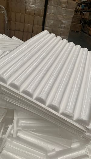Free Foam Packing Shipping. CLEAN for Sale in Ontario, CA