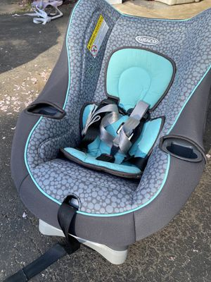 Convertible Car Seat (Graco Myride 65) for Sale in Olney, MD