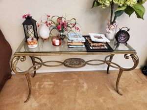 Entry way sofa - sofa table- console table. Beautiful with scrolls for Sale in San Marcos, CA