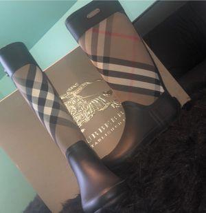 Burberry Women's Signature Check Rain Boots for Sale in Inkster, MI