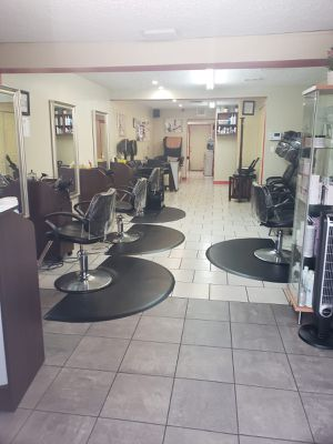 Beauty salon for sale for Sale in Tampa, FL