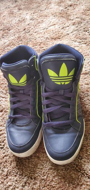 Adidas originals classic shoes for Sale in Stockton, CA
