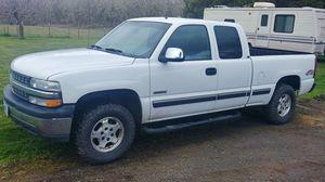 Silverado 1500 4x4 for Sale in Roseburg, OR