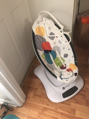 4 moms mamaroo swing for Sale in Gaithersburg, MD