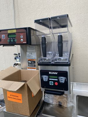 Bunn Coffee brewer and coffee grinder for Sale in Grand Prairie, TX