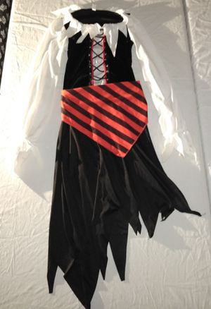 Girls Pirate costume size 14/16 for Sale in San Bernardino, CA