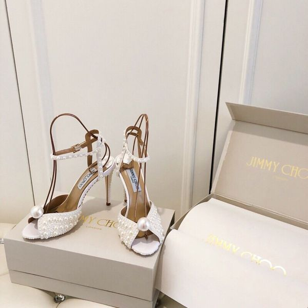 Stunning Jimmy Choo heels 👠