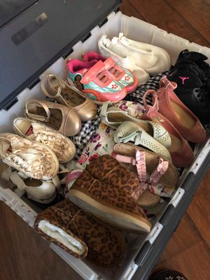 18 Month-2t Girl Baby to Toddler Clothing and Shoe Loy, Size 5/6 Shoes for Sale in Spring Valley, CA