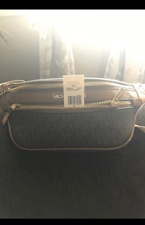 Michael kors 2nd one for Sale in Las Vegas, NV