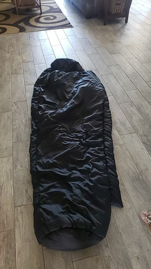 WIGGYS -40 DEGREE MUMMY SLEEPING BAG for Sale in Queen Creek, AZ