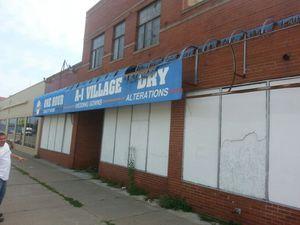 For sale for unit commercial building for Sale in Detroit, MI