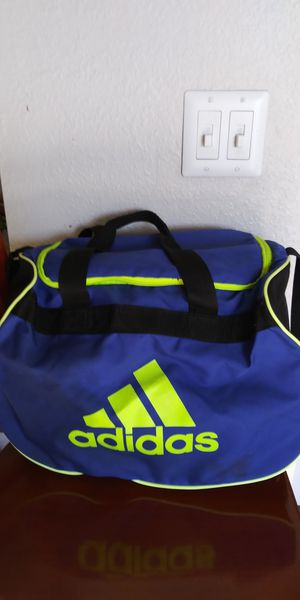 Adidas sport bag for Sale in Tacoma, WA