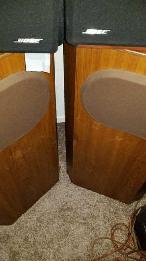 2 set of bose speakers 100. 00dallaes for Sale in Baltimore, MD