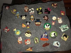 DISNEY TRADING COLLECTIBLE PINS for Sale in Long Beach, CA